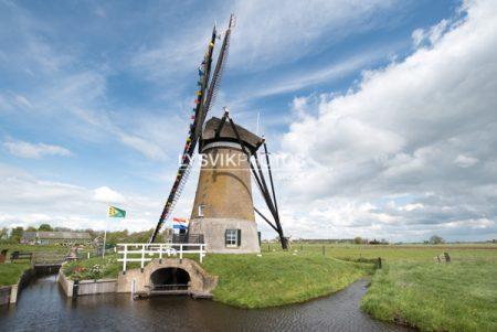 De Peilmolen in Oud-Alblas is een grondzeiler welke werd gebruikt voor het bemalen van de polder