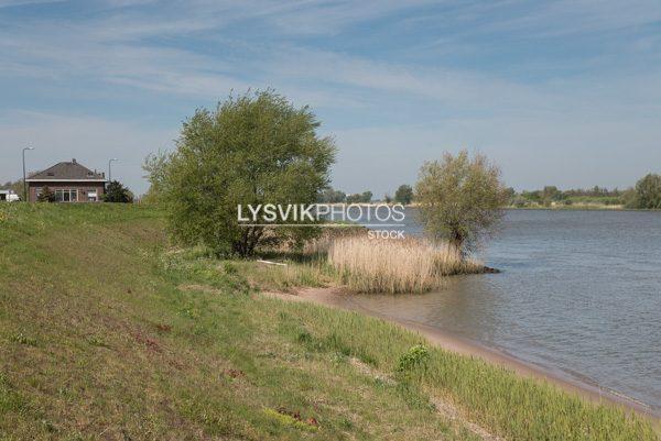 Rivier de Lek bij Langerak
