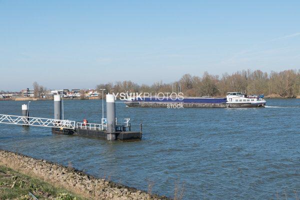 Afmeerplaats aan Lekdijk voor schepen
