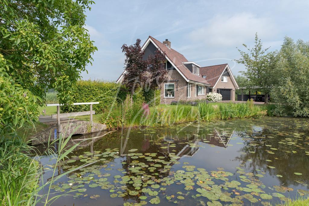 Woonhuis Kooiwijk 2 in Oud-Alblas D8102059