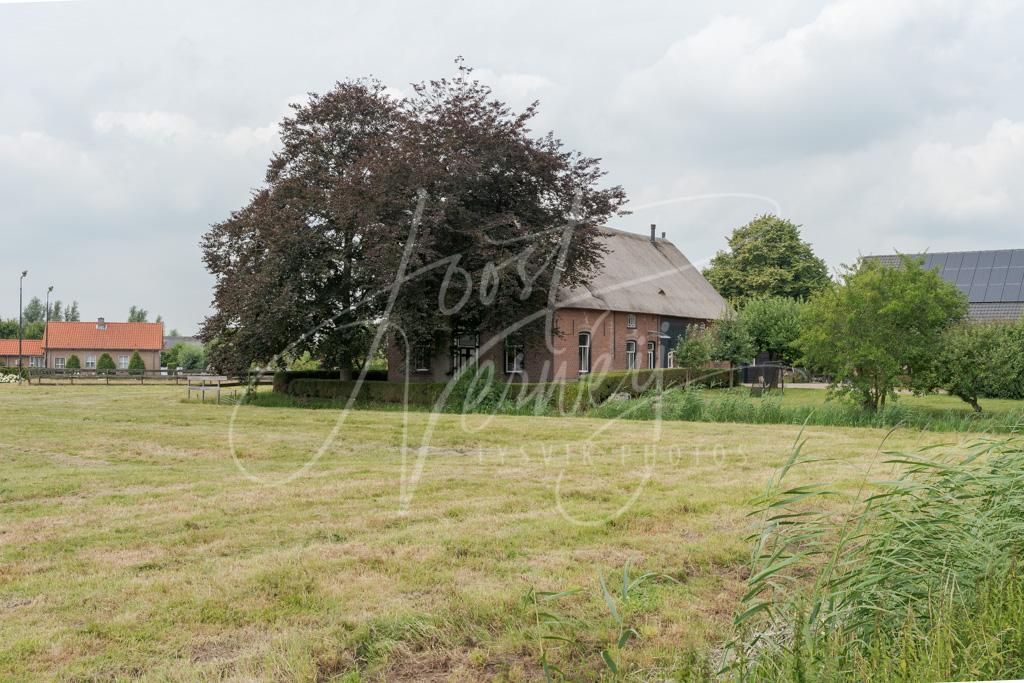 Boerderij in het buurtschap Minkeloos