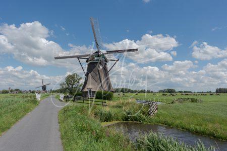 Achtkante molen in Streefkerk