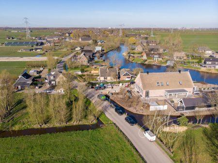 Luchtfoto Oosteinde Oud-Alblas