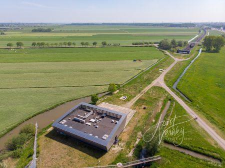 Luchtfoto gebouw Betuwelijn bij Alblasserbos