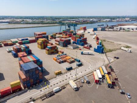Luchtfoto container overslagterrein BCN Alblasserdam