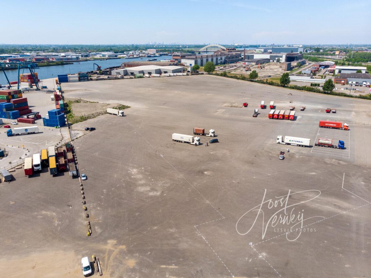 Luchtfoto parkeerterrein Nieuwland