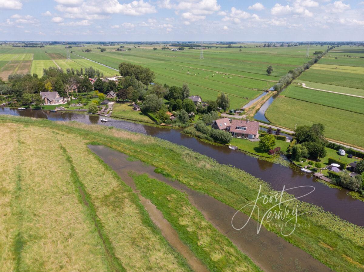 Luchtfoto buurtschap Kooiwijk