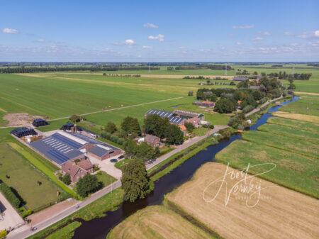 Luchtfoto Oosteinde in Wijngaarden