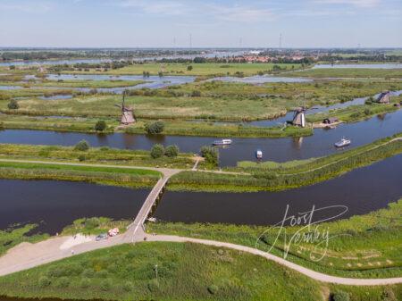 Luchtfoto molens Kinderdijk