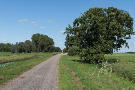 Eindpunt weg Oosteinde Wijngaarden