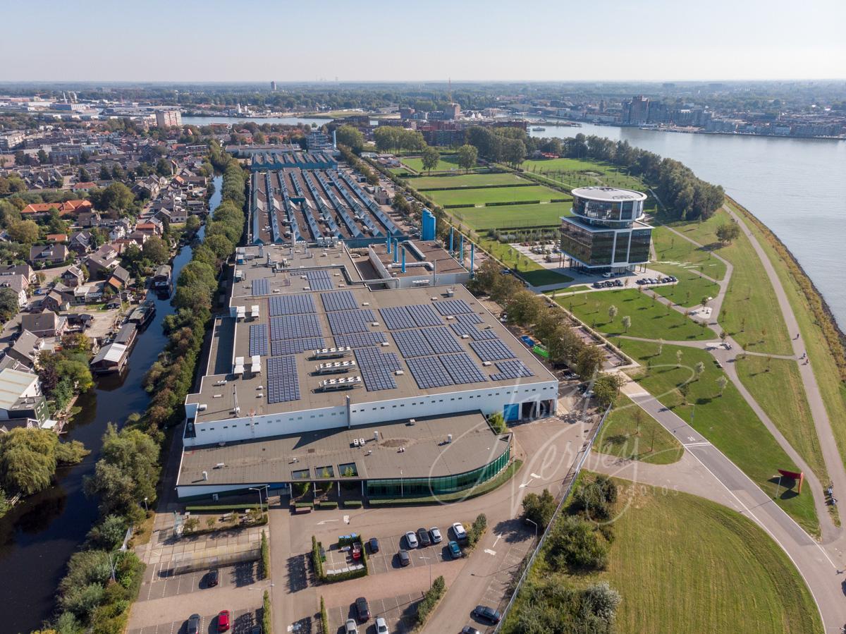 Luchtfoto fabriekshallen Fokker Papendrecht