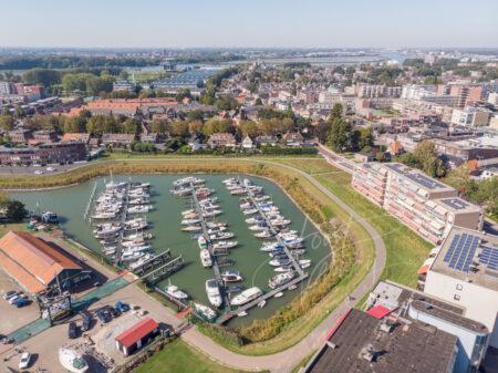 Luchtfoto jachthaven Papendrecht