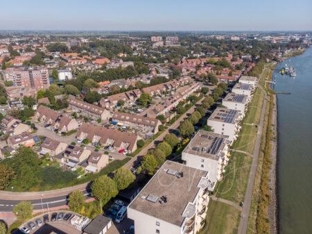 Luchtfoto appartementen aan het Pontenierspad