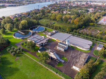 Luchtfoto waterzuivering Papendrecht