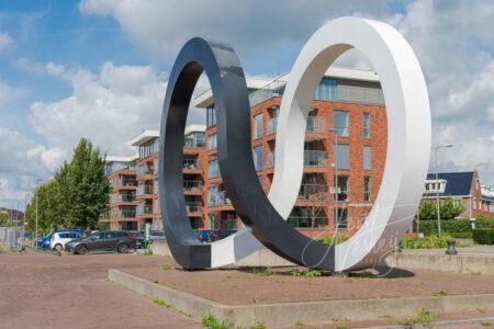 Kunstwerk Cyclus op Jan Smitkade in Alblasserdam