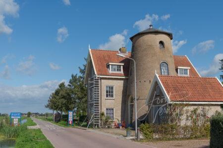 Woning met molenromp in Brandwijk
