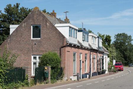 Dijkwoningen buurtschap Baanhoek in Sliedrecht