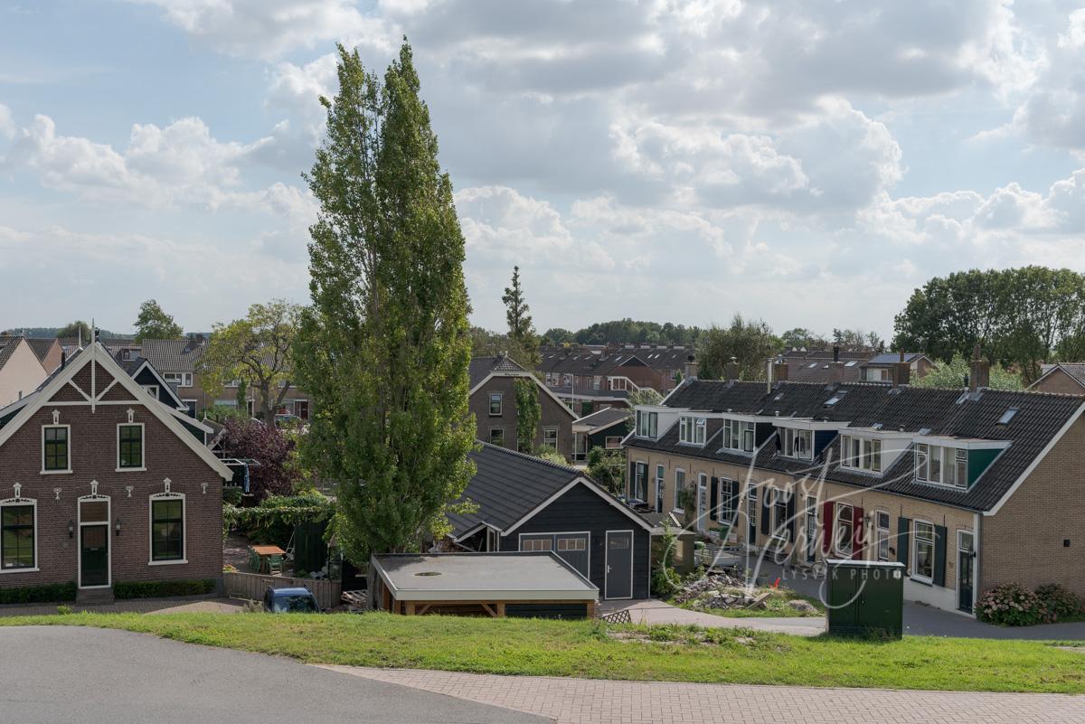 Rijtje woningen aan de Lekdijk