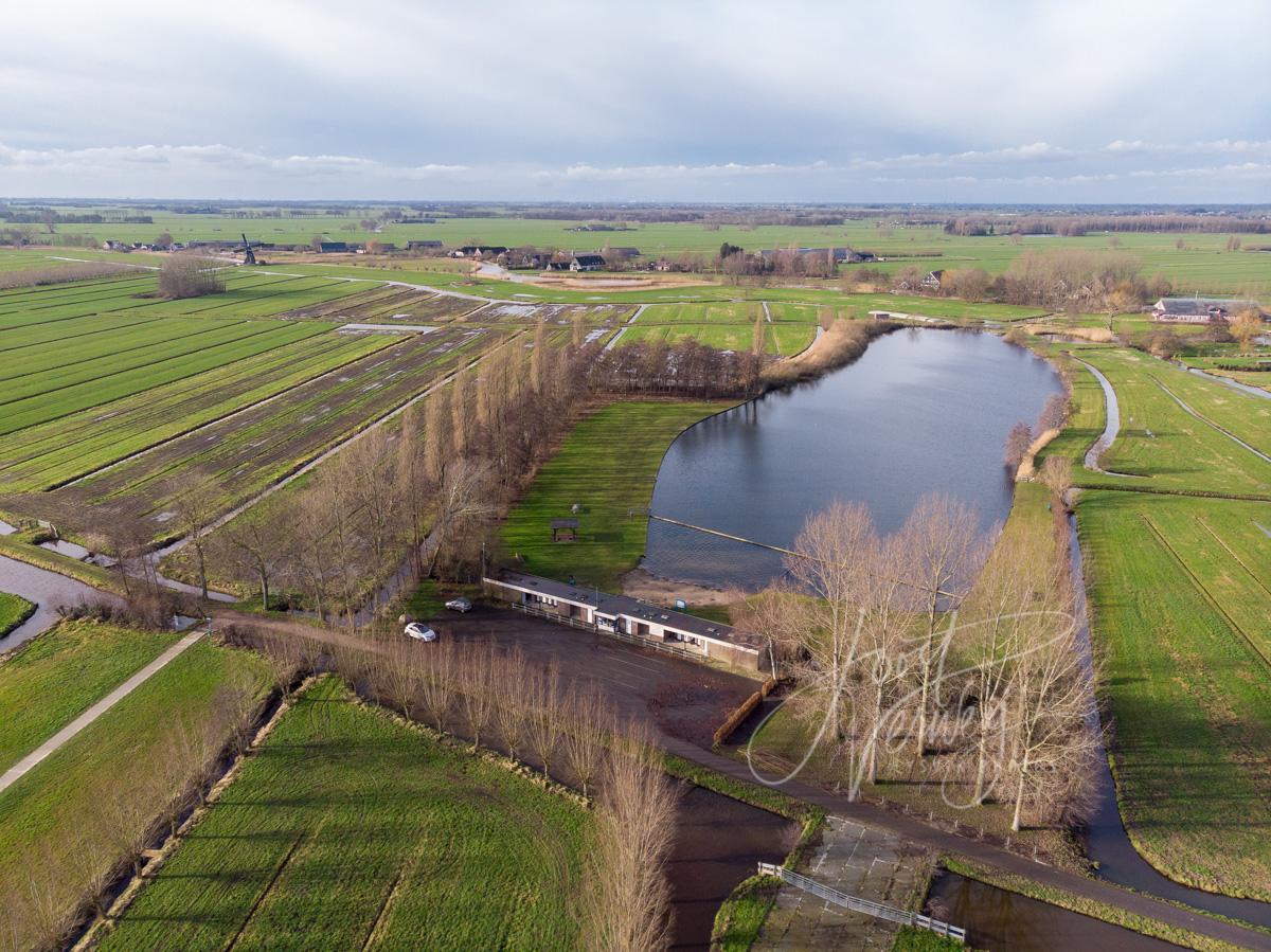Luchtfoto natuurbad De Donk
