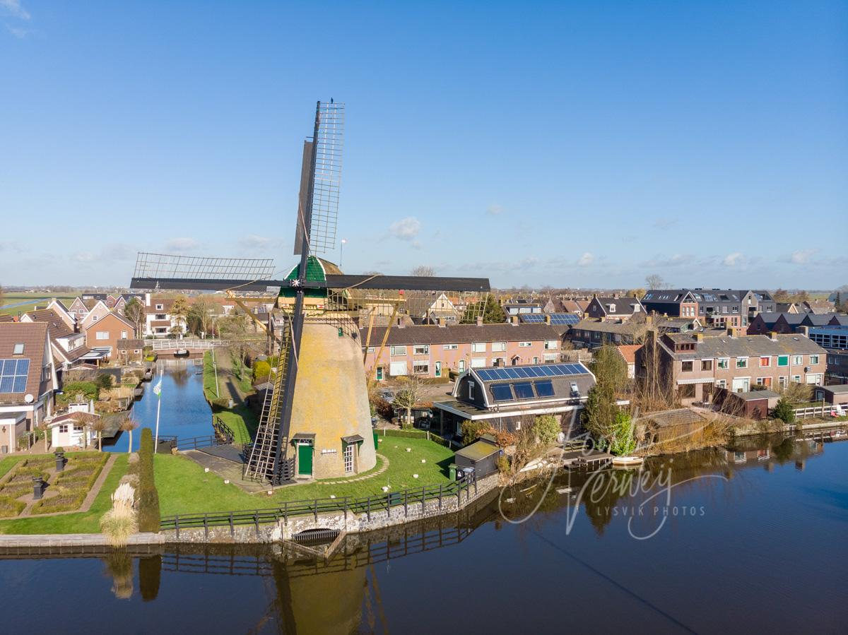 Luchtfoto Kerkmolen in Molenaarsgraaf