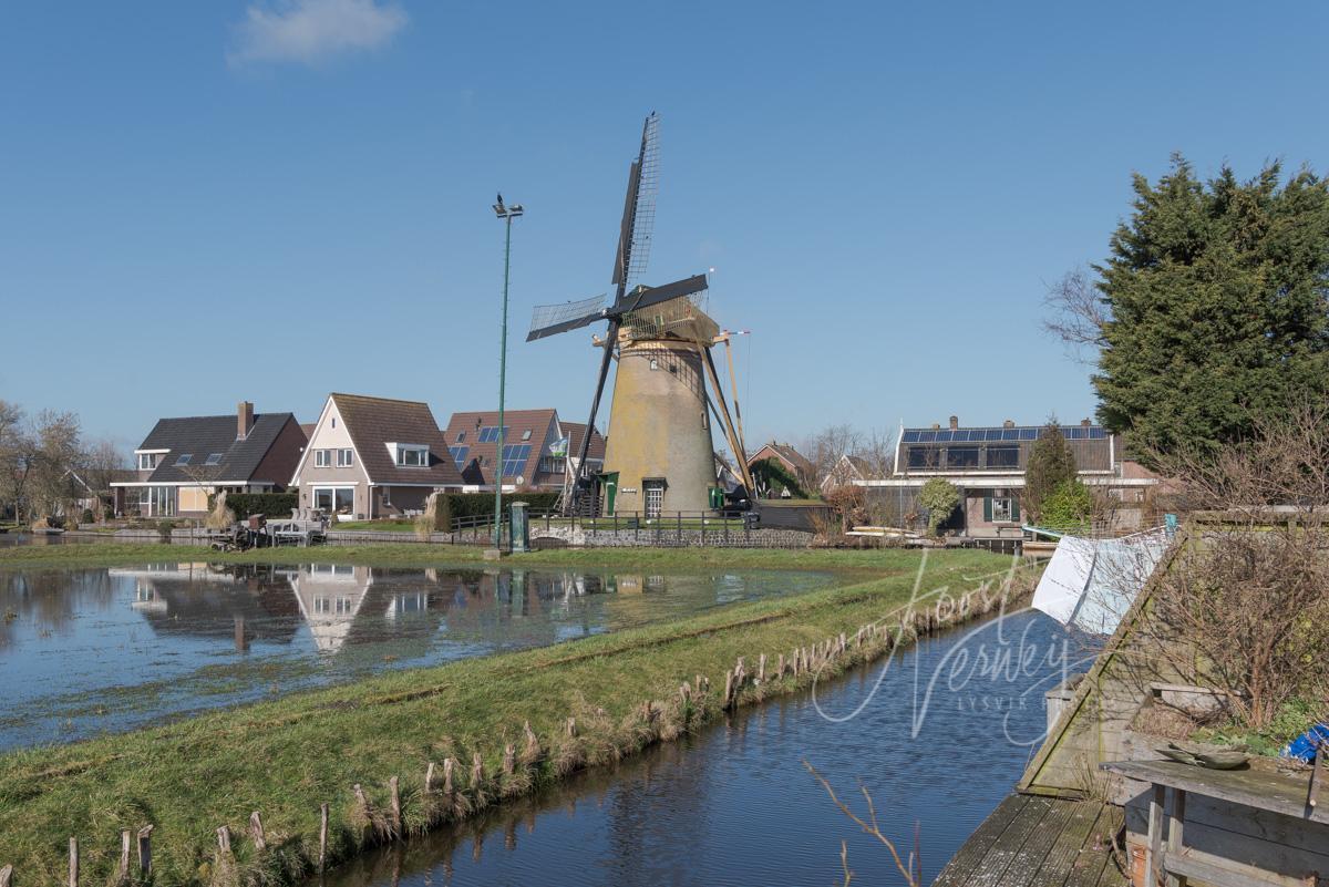Kerkmolen in Molenaarsgraaf