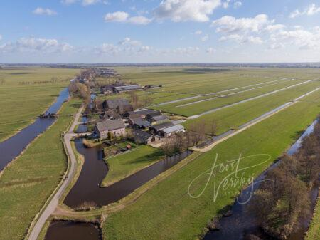 Luchtfoto Achterland Groot-Ammers